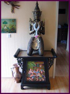 Statue eingangsbereich watpho traditionell